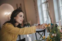 Hochzeitsplanerin übernimmt diverse Organisations- und Koordinationstätigkeiten am Hochzeitstag
